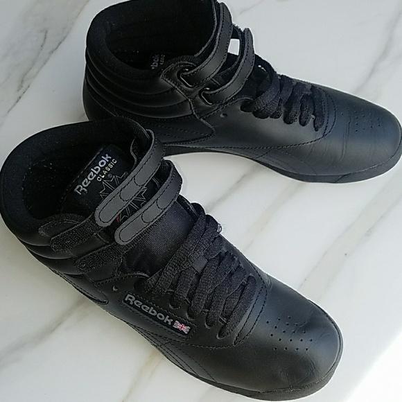 US 8 Reebok Classic Freestyle Hi Shoes Black. M 5a91d44384b5ce86206163ef e9ce4568e
